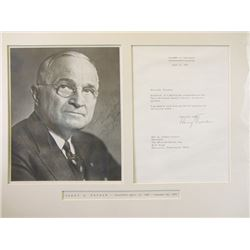 Autographed Picture and letter Harry S. Truman Ð late President of the United States.