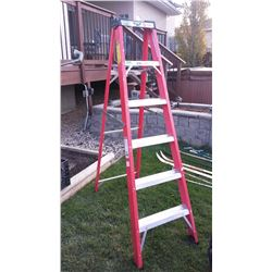 6' Medium Duty Step Ladder