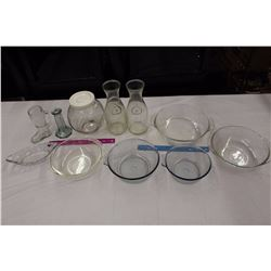Lot of Vintage Clear Glassware (Milk Bottles, Pyrex Dishes, Fire King, Etc)
