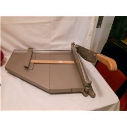 Old Paper Cutter/Trimmer
