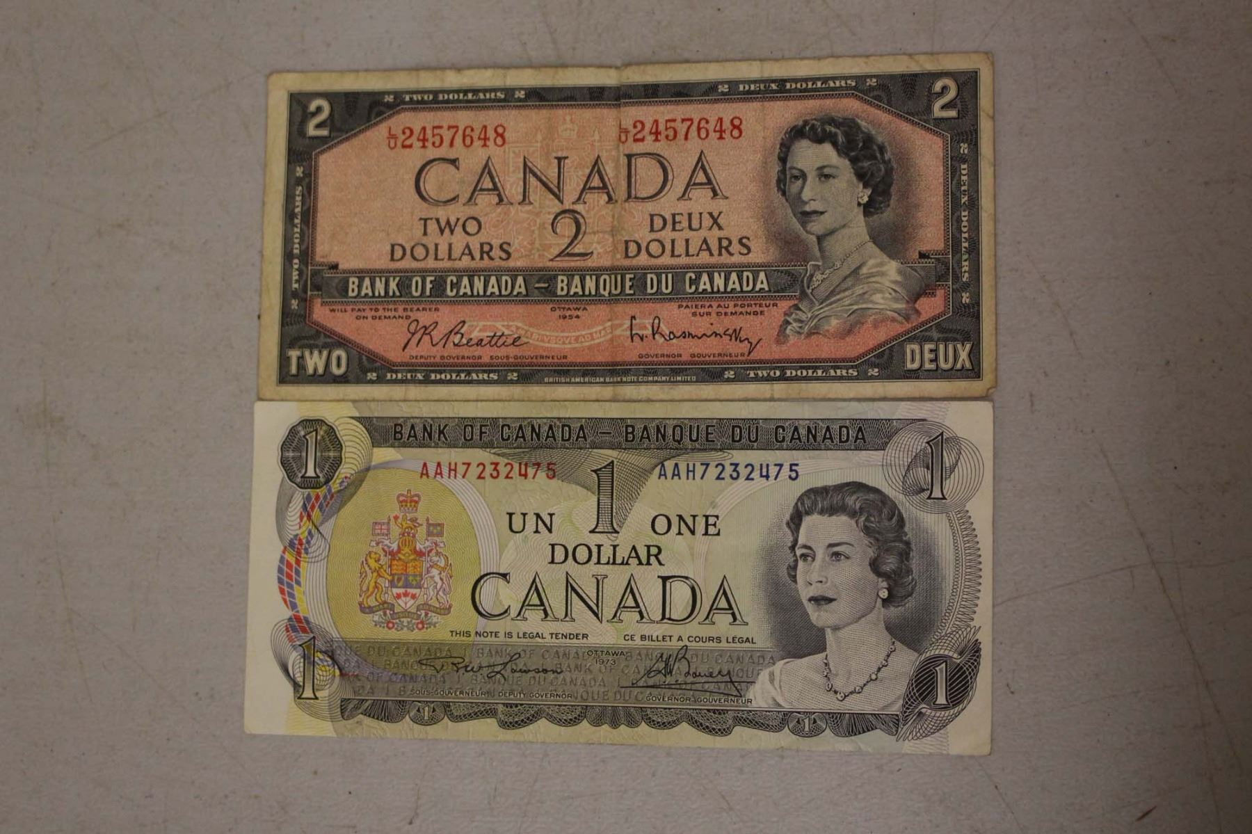 dating dollar bills The modern $1 federal reserve notes used today date from 1963 from 1963 to 2009, 22 series have been issued many collectors like to try to find a dollar.