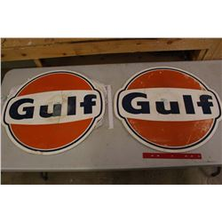 "Pair of Plastic Gulf Signs (26""x24"")"