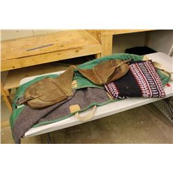 Horse Blankets (Unknown Size) Saddle Bags