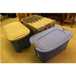 Lot Of Plastic Tubs (3)
