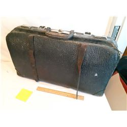 Old Leather Doctor's Bag/Suitcase
