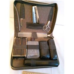 Dark Brown Antique Men's Travelling Grooming Kit