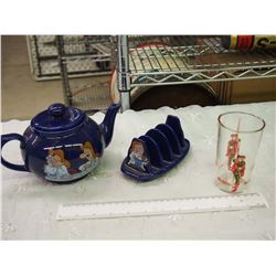 Lot Of Advertising Related (Tetly Teapot And Teabag Holder, Robinhood Glass)