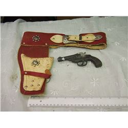 Horseshoe Decorate 1940's Toy Gun Belt And Holster