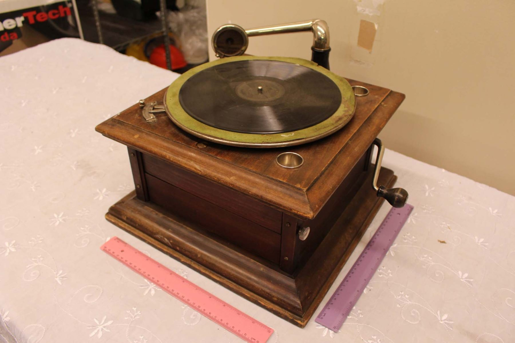 Columbia Table Top Gramaphone (Working but Needs Work)