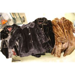 Lot of Fur Coats (4)