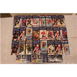 Lot of Kraft Macaroni Hockey Boxes: Patrick Roy, Eric Lindros, Paul Kariya, Etc