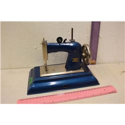 Casige Children Sewing Machine (Made in Germany)