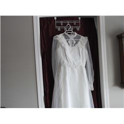 Wedding Dress & Veil (SIZE 13-14) - Lace, Pearl Accents & 3ft Train (Cleaned in Keepsake Box)