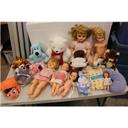 Lot of Vintage Toys (Dolls, Stuffed Animals, Etc)