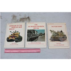 Van-Gaurd War Books (3)