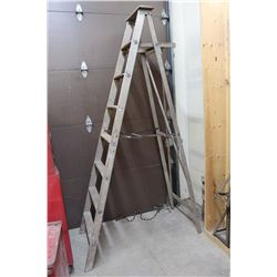 8ft Wooden Ladder