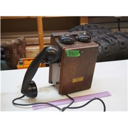 Vintage Northern Electric Wooden Wall Phone (Seems to be Complete)