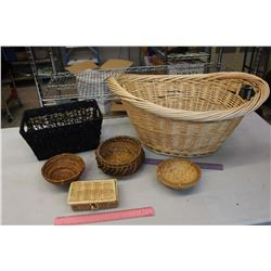 Lot of Wicker Containers