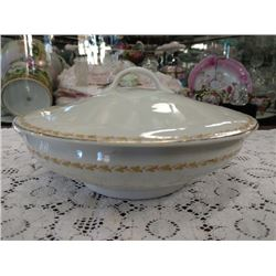 VINTAGE CHINA CASSEROLE DISH WITH LID BY WARWICK