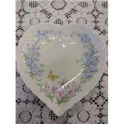 PORCELAIN CHINA HEART DISH W/MORNING GLORIES BY MIKASA
