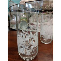 SET OF 5 WATER GLASSES WITH BAKED ON PAINTED CHRISTMAS DESIGN OF HOUSE & TREES