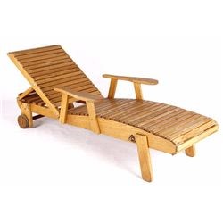 Mountain Gardens Country Market Wooden Lounge
