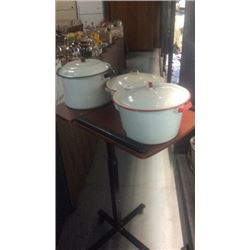 3 Enamel Pots with Lids