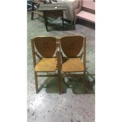 2 fold child's chairs