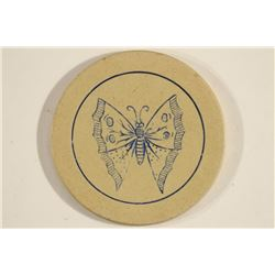 VINTGE POKER CHIP BEIGE/BLUE ENGRAVED BUTTERFLY