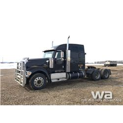 2001 IHC EAGLE 9900 T/A TRUCK