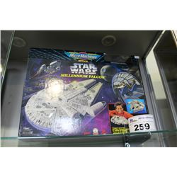 MICROMACHINES STAR WARS MILLENNIUM FALCON MODEL