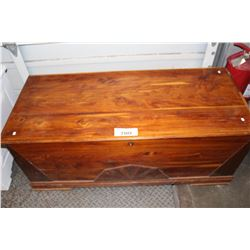WOOD STORAGE TRUNK
