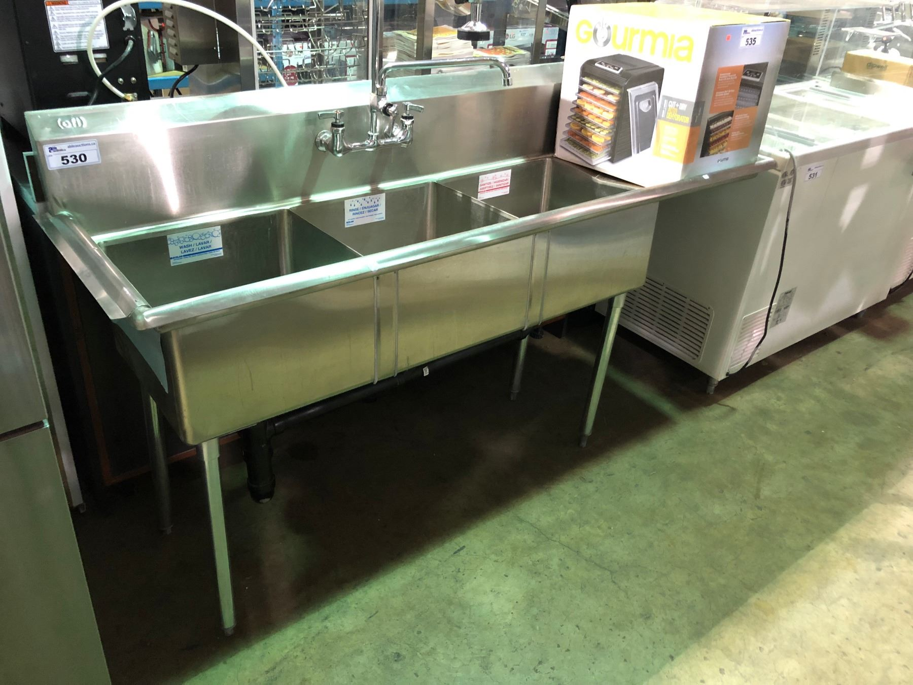 STAINLESS STEEL 3 BAY RESTAURANT SINK WITH SANIGUARD FAUCET