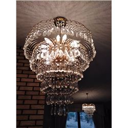 LARGE VINTAGE  CRYSTAL CHANDELIER 2 OF 2