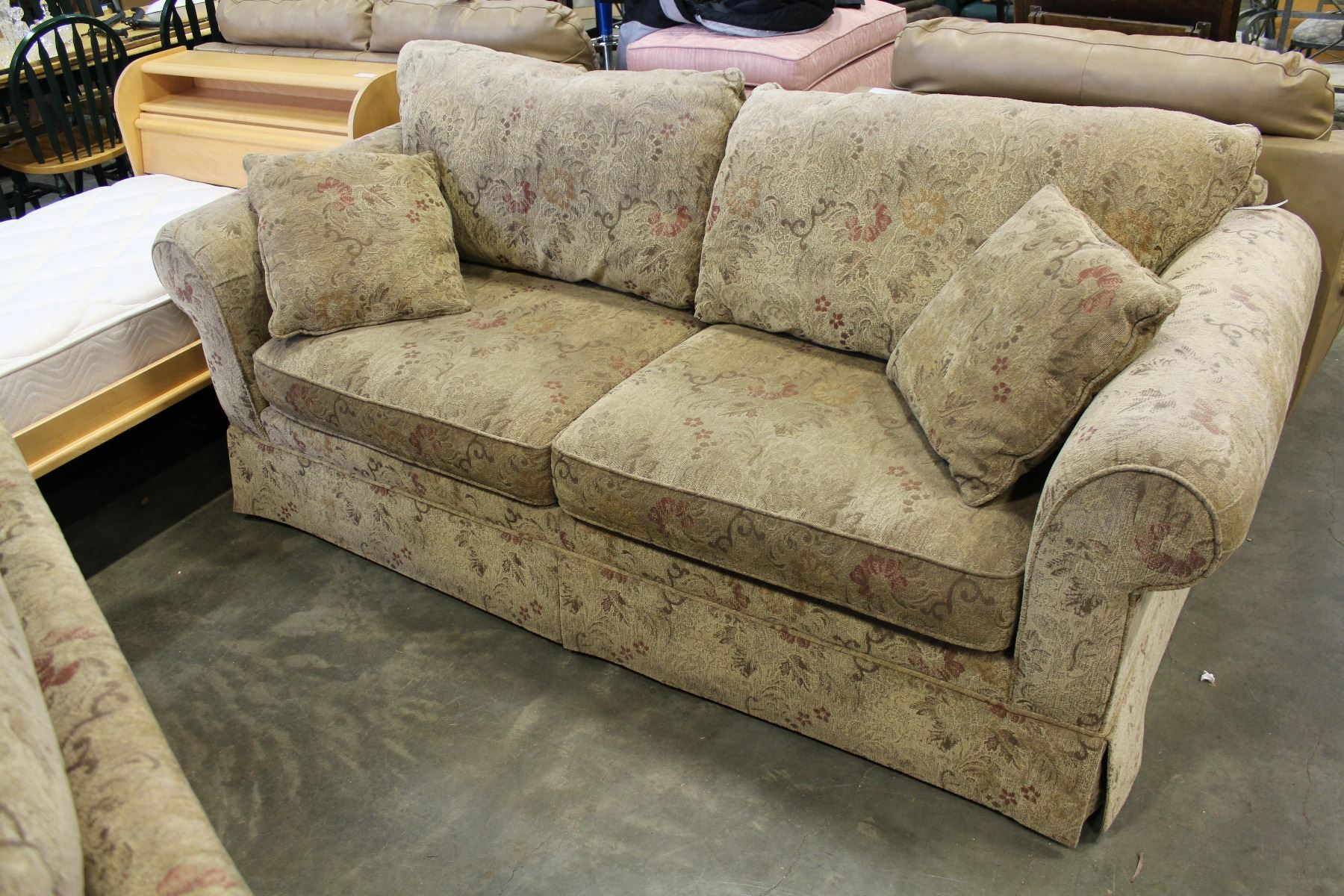 Image 1 : COUCH POTATO SOFA AND LOVESEAT ...