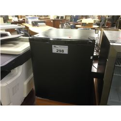 BLACK AND CHROME BAR FRIDGE