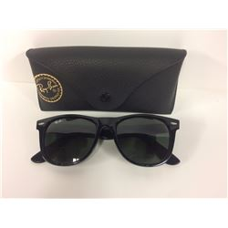 AUTHENTIC RAY BAN WAYFARER SUNGLASSES WITH CASE