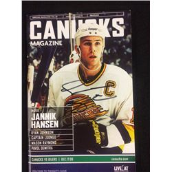 VANCOUVER CANUCKS MAGAZINE SIGNED BY TREVOR LINDEN
