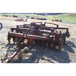 ATHENS PLOW CO. 24 DISC HARROW, PULL TYPE, HYDRAULIC, M: 131, S: L75125