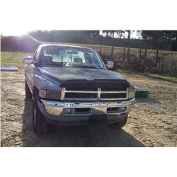 1995 DODGE 1500 TRUCK,v-8 MAGNON 4X4, GAS, AUTOMATIC, MILES SHOWING: 108,900, LONG BED HAS TITLE, VI