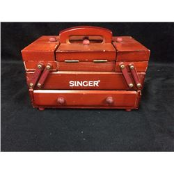 VINTAGE SINGER SEWING MACHINE ACCESSORIES KIT