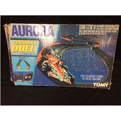 AURORA FORMULA 1 DUEL AFX TURBO CARS (21' TRACK) BY TOMY W/ BOX