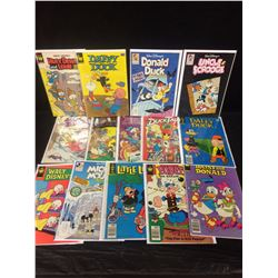 WALT DISNEY COMIC BOOK LOT (DAFFY DUCK, UNCLE SCROOGE & MORE)
