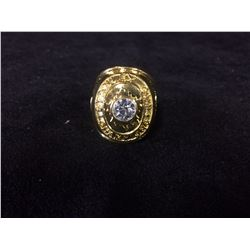 TORONTO MAPLE LEAFS AAA REPLICA STANLEY CUP RING (WEIGHS APPROX 3 OUNCES)