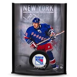 Wayne Gretzky Signed Rangers 8x11x3 Hockey Puck Curve Display (UDA COA)