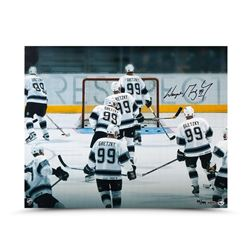 "Wayne Gretzky Signed Kings LE ""Respect"" 16x20 Photo (UDA COA)"