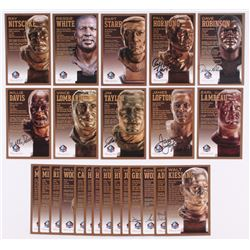 Lot of (24) Packers LE Bronze Bust Football Hall of Fame Postcards with (16) Unsigned Postcard,  (8)