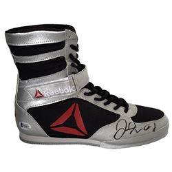 Floyd Mayweather Jr. Signed Boxing Shoe (Beckett COA)