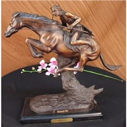 Sculpture/CHEYENNE BY FREDERIC REMINGTON Bronze Marble Base Statue Figurine Deco