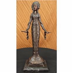 Signed Native American Indian Girl Bronze Sculpture Figure Statue Figurine Decor